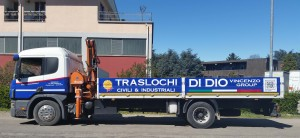 Scania con Gru P94